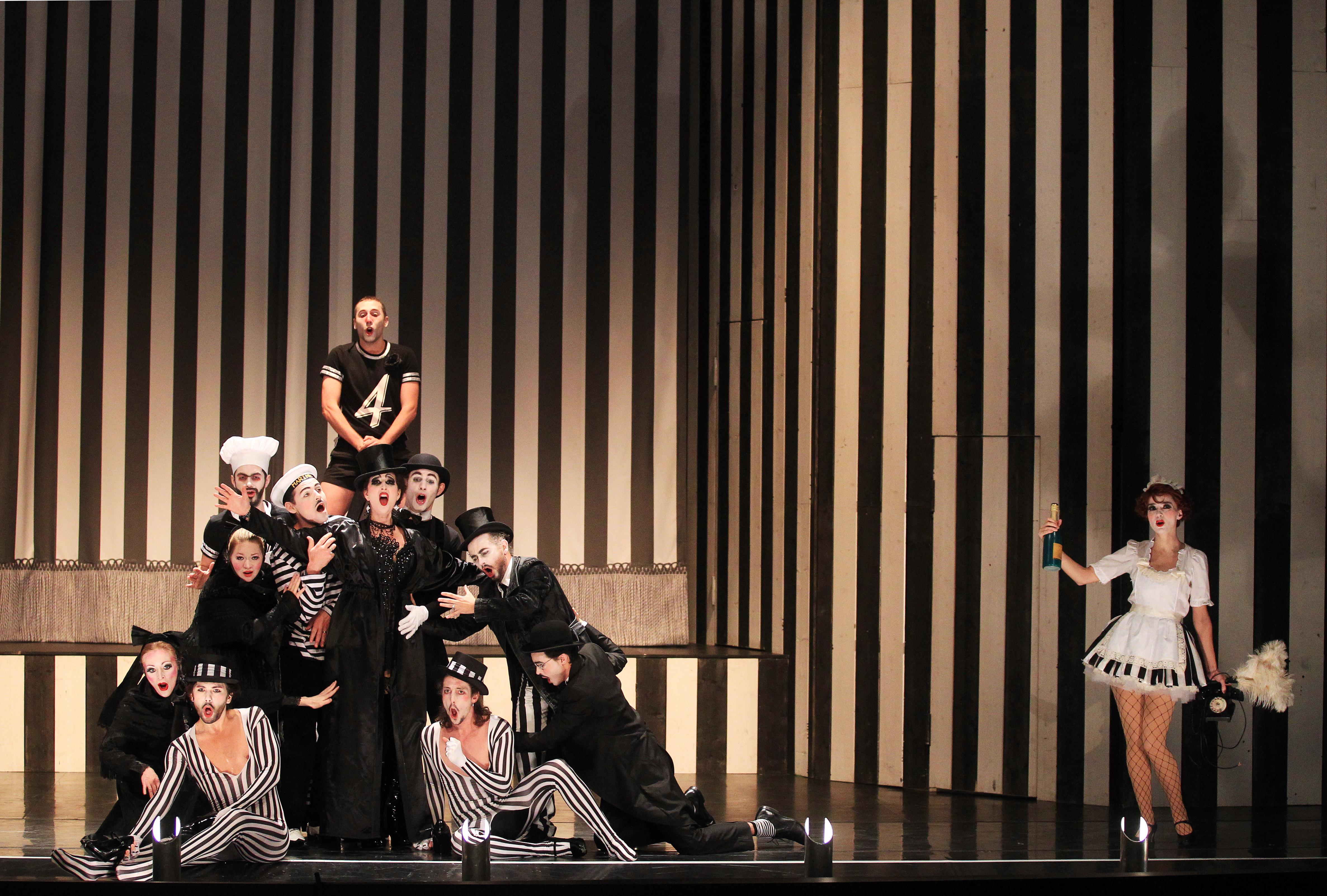 Les Chevaliers De La Table Ronde Opera Bouffe Theatre Senart
